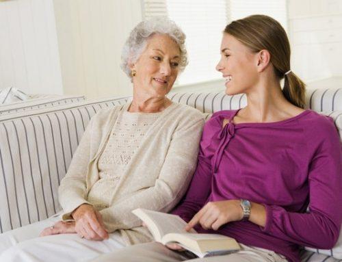 Dicas para se comunicar melhor com quem sofre de Alzheimer