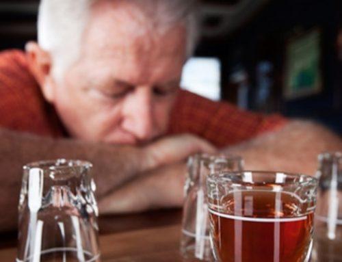 Família tem papel fundamental no tratamento do alcoolismo entre idosos